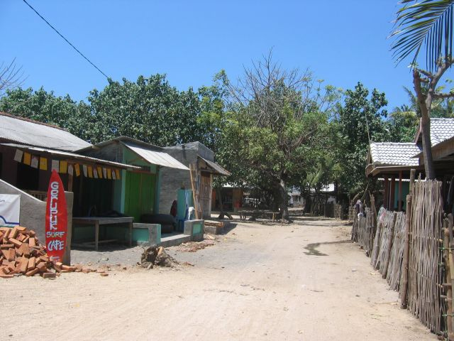 "The image ""http://www.thevells.com/gallery/albums/The-Jewel-of-Indonesia/IMG_8183_Gerupuk_Surf_Village.jpg"" cannot be displayed, because it contains errors."